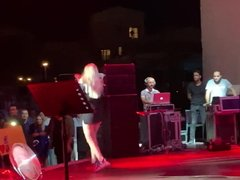 Aleyna Tilki Turkish popstar.