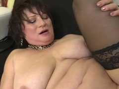 Family sex with natural bigtit mature mother