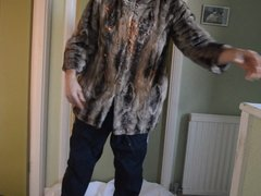 River Island fur jacket gets messy